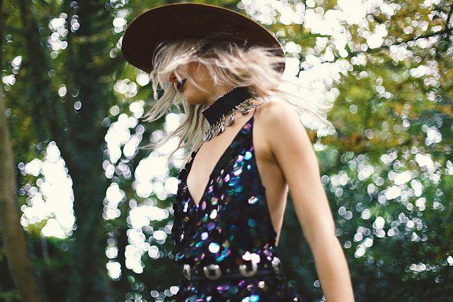 cd2eafec (Dress: Motel Rocks, Coat: Missguided, Necklace: Shop Dixi, Hat:  Missguided, Boots: La Moda, Shades: La Moda, Belt: Car Boot Sale)