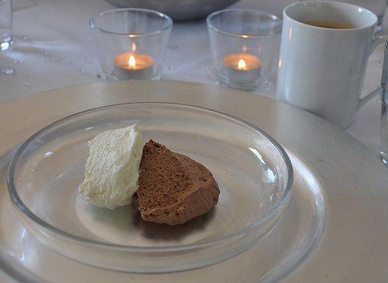 Weiße Mousse Au Chocolat Ohne Eier Und Mit Schmand No Plain