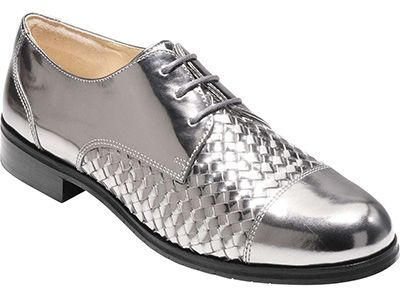 5ab67eb2f9c4f The best silver shoes for a hipper and more youthful look! | 40+ ...