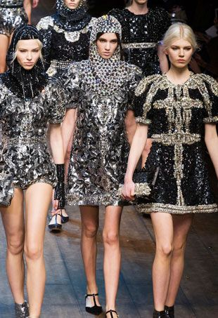 8075800646c Dolce & Gabbana Goes Whimsical for a Fairytale-Inspired Fall 2014 Collection  (Runway Review)