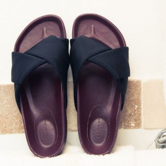 online store e44e1 2463b 18 Pairs of Sandals Coveteur Editors Are Buying