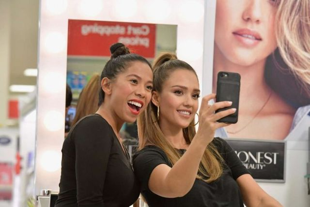 6ffe1c0c6 Steal: Jessica Alba's Target Who What Wear x Target $18 Black Linen ...