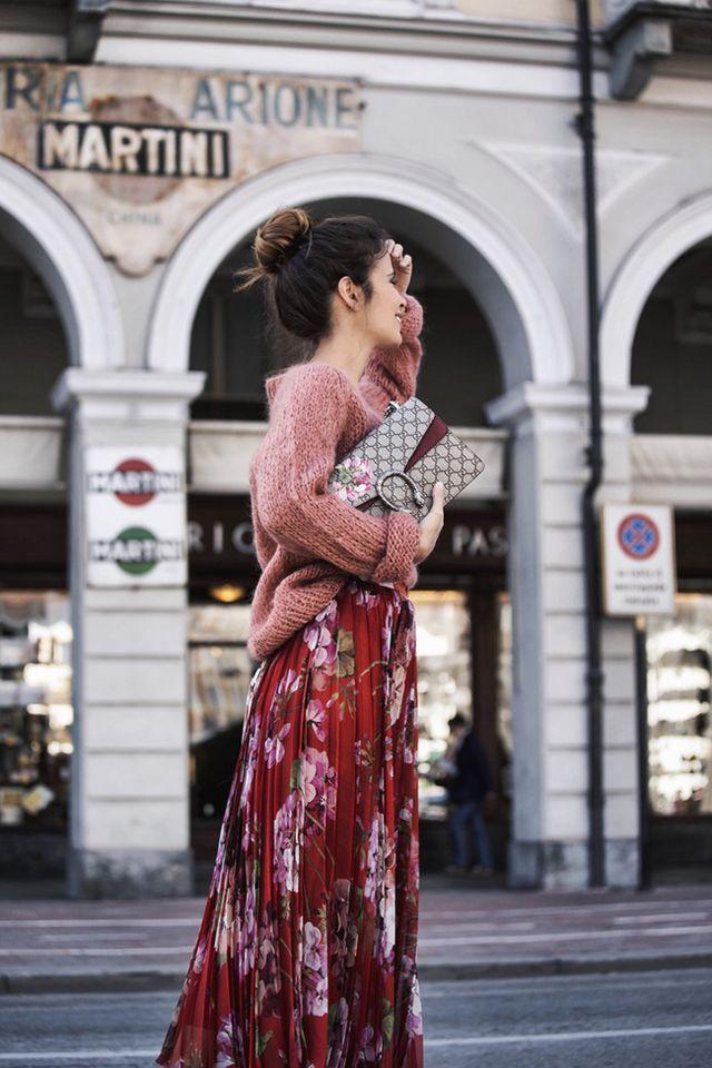 Jersey oversize y falda, la combinación ganadora del momento y cómo ...