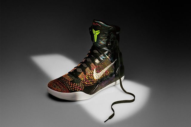 new style 352ed e5ee4 For the first time since 2007 and the release of his third signature  silhouette, Kobe Bryant and Nike Basketball footwear designer Eric Avar  return to a ...
