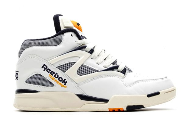 new styles 224a1 bb44c For spring 2014, Reebok presents the Pump Omni Lite Vintage. Pictured here  in a vintage chalk athletic navy colorway, the shoe takes on a vintage  aesthetic ...