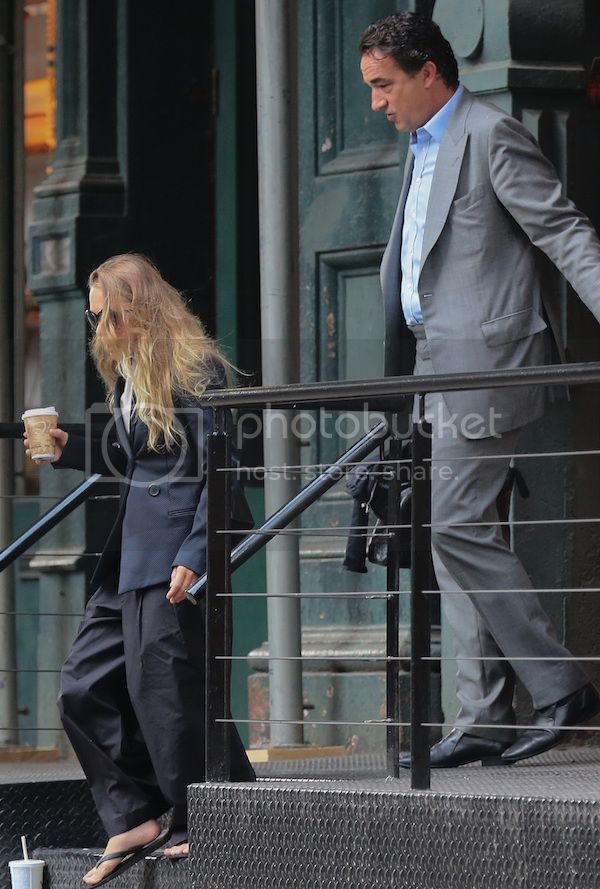 Mary Kate Olsen Out With Olivier Sarkozy In A Blazer And