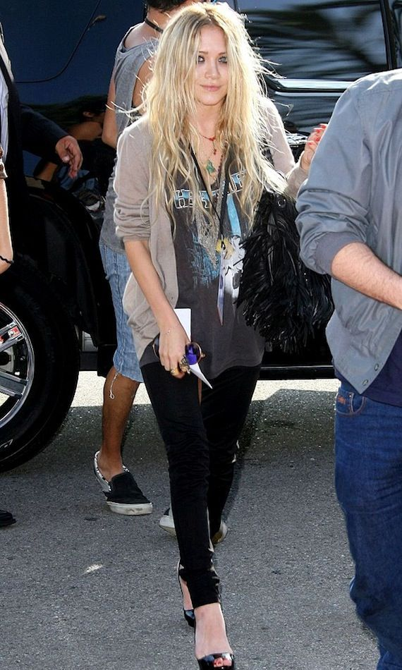 877d5f689360 3. Mary-Kate Olsen // Olsens Anonymous Here's some fresh inspiration on how  to style your favorite vintage tee.