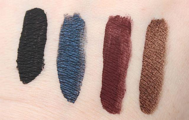 Tarte wing workers deluxe tarteist eyeliner set phyrra for Tarteist clay paint liner