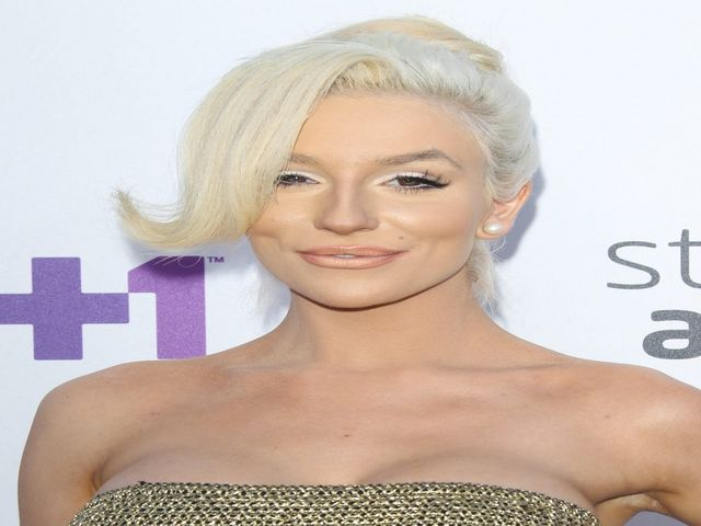 Courtney Stodden Shares Heartbreaking Tweets About Her Recent