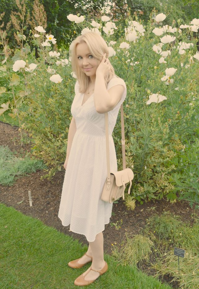 Another Retro Butterick & Chelsea Physic Garden | The Little ...