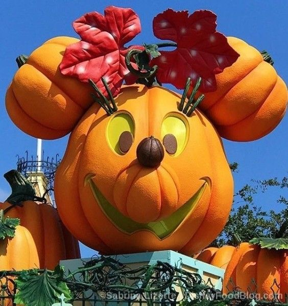 Review: Disneyland Resort Halloween Time Treats for 2017! | the ...