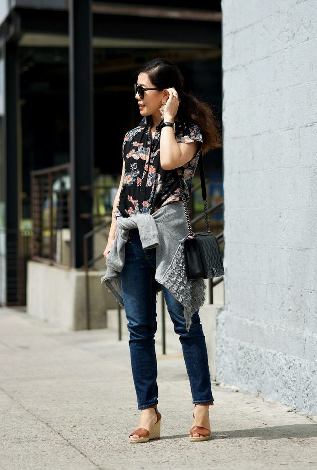cdf2a16c7fb2 ASOS Cropped Blouse in Vintage Floral J.Crew Toothpick Jeans Chanel Boy Bag Saint  Laurent Sunglasses Vince Wedges(sold out