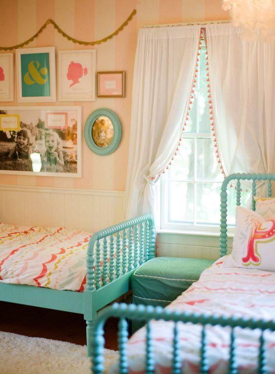 18 Shared Girl Bedroom Decorating Ideas | Make It and Love ... on Pretty Room Decor For Girl  id=41118