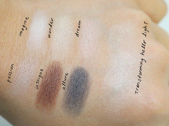 Naturally Pretty Essentials Matte Luxe Transforming Eyeshadow Palette by IT Cosmetics #18