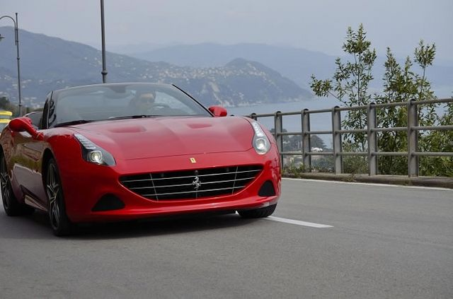f64fc665363 Ferrari California T New Handling Speciale Package
