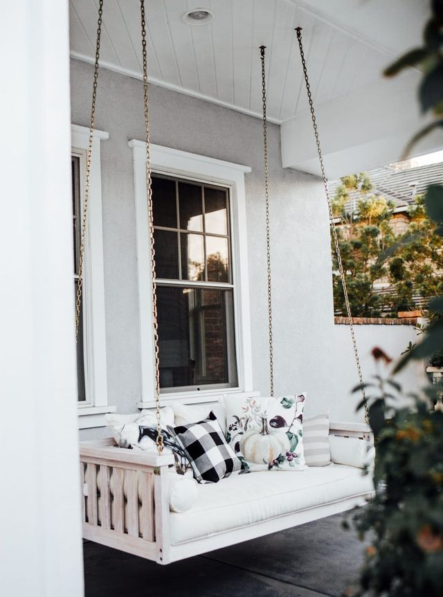 How To Decorate Your Front Porch For Fall Mint Arrow Bloglovin