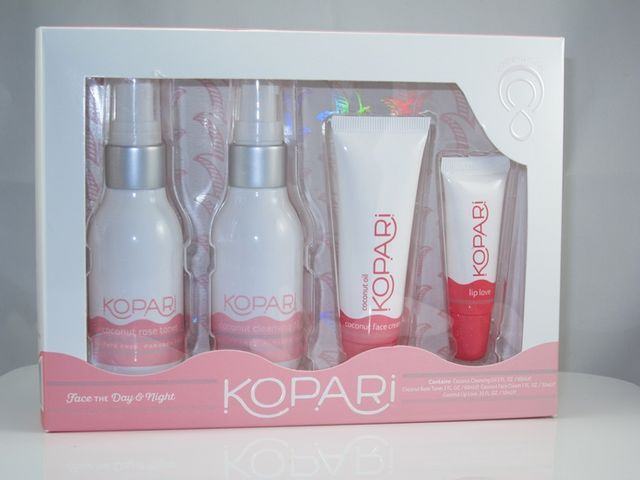 Kopari Coconut Cleansing Oil Review | Musings of a Muse | Bloglovin'
