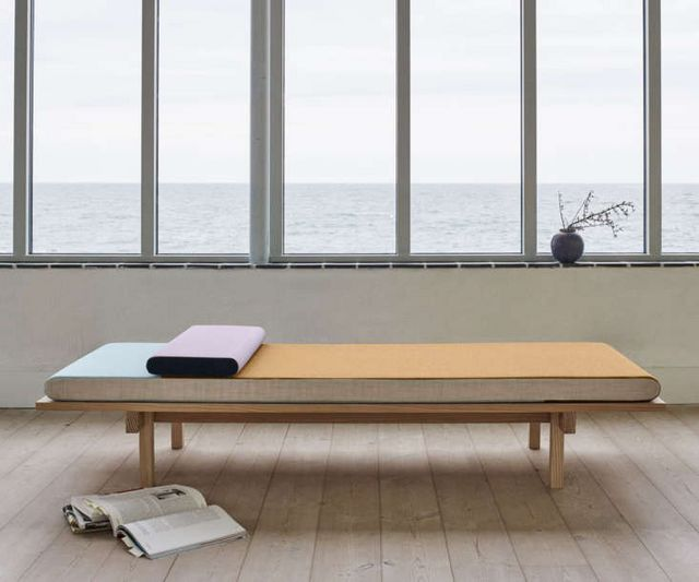 The New Guard: 8 Modern Daybeds with Character | Remodelista ... Chaise Longue Le Corbusier D Cad on le corbusier art, le corbusier lounge, le corbusier lamp, le corbusier recliner, le corbusier bed, le corbusier ville radieuse, le corbusier desk, le corbusier stool, le corbusier club chair, le corbusier bench, le corbusier books, le corbusier furniture, le corbusier table, le corbusier ville contemporaine, le corbusier chair dimensions, le corbusier loveseat, le corbusier armchair, le corbusier architecture, le corbusier modulor, le corbusier barcelona,