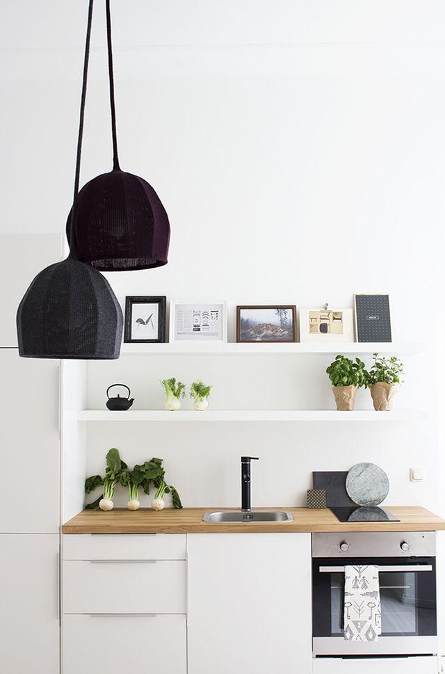 Como decorar con gracia las baldas de una cocina boho - Decorar con baldas ...
