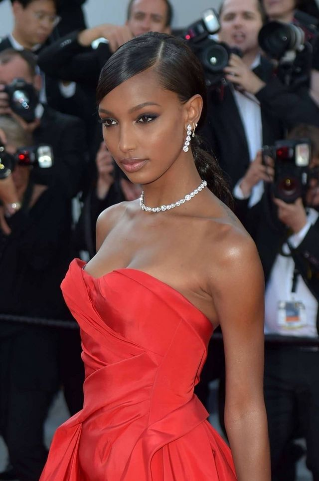 Jasmine Tookes attends the screening of  Girls Of The Sun (Les Filles Du  Soleil)  during the 71st annual Cannes Film Festival at Palais des Festivals  on May ... 0facd7be8f2