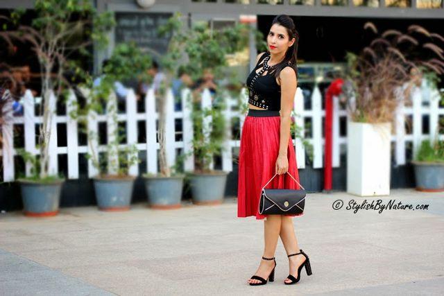 f783e7df9c Fashion Tips - How To Style Midi Skirts | Stylish By Nature | Bloglovin'