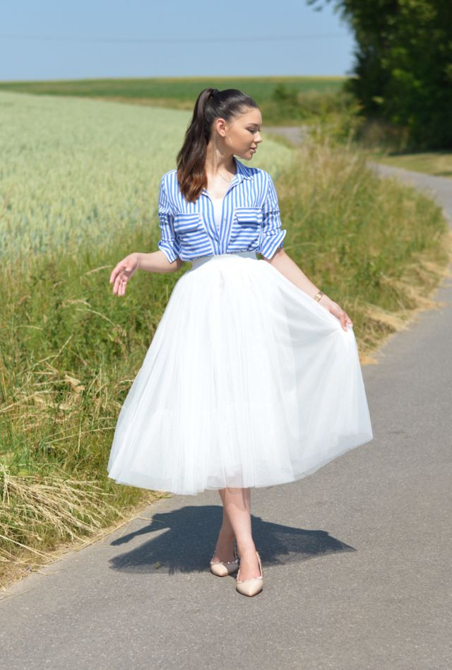 50bb5902503e Outfit 190 - Striped Shirt with Tulle Skirt | RASPBERRY JAM | Bloglovin'
