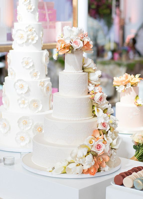 How About A Little Wedding Cake Action For Your Friday Morn Umm Yeah These Insane Cakes From Bottega Louie Popped Up In The 100LC Inbox Other Day