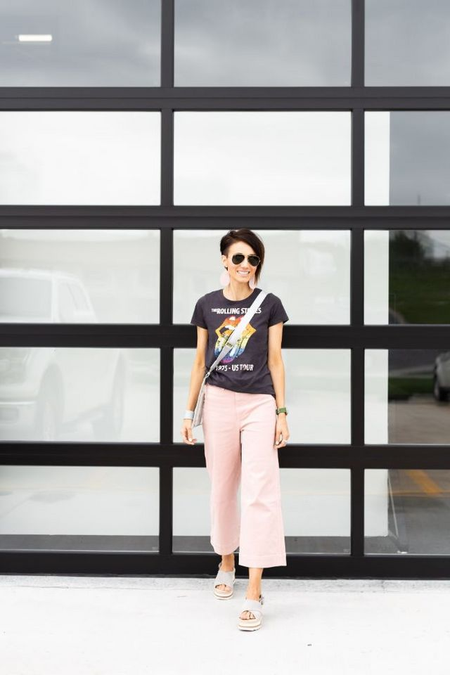 N&S Style Files - Pink Desert, a Graphic Tee & Pink Pants
