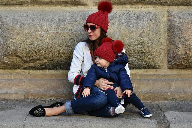 Per Flaminia Piumino  Mayoral Gonna  Boboli Sneakers  Adidas Cappello   Cuffie Regina SalvaSalva 85ebbdc6368e