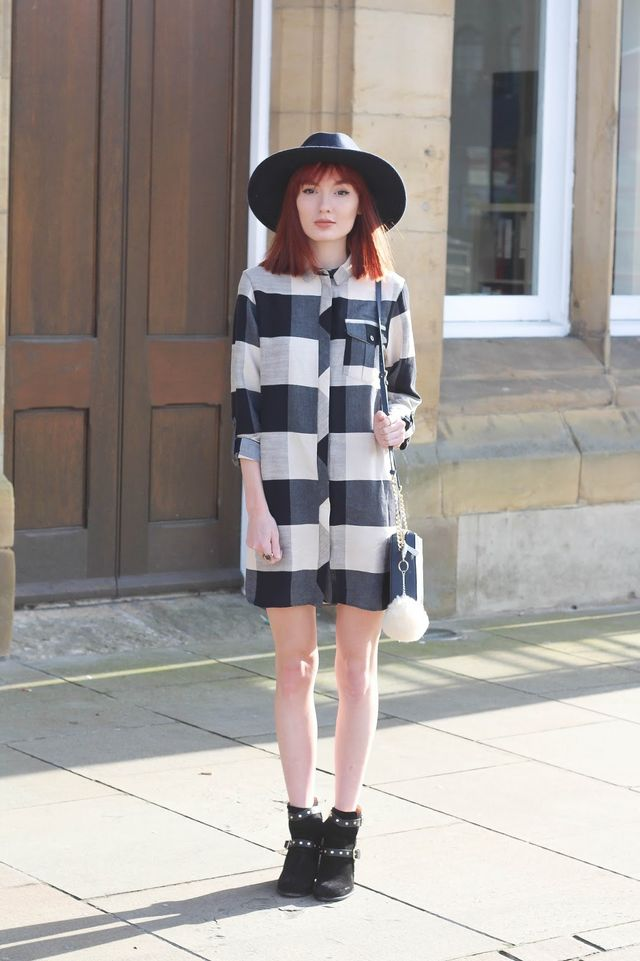 4e69d6e6905f OVERSIZED CHECKED SHIRT DRESS, STUD STRAP BOOTS: TOPSHOP / *NAVY FEDORA:  c/o ASOS / NAVY BAG: MICHAEL KORS Although I'm not someone who's a fan of  checked ...