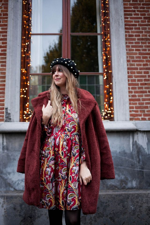 fb91e09a06ab3 Outfit  beaded boots and beret