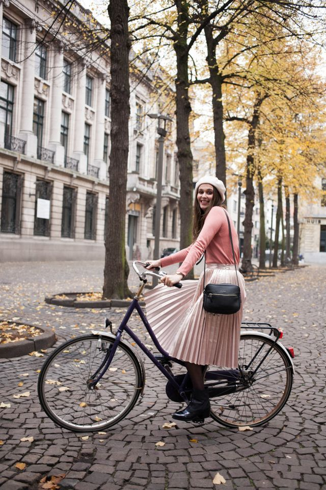 c706e417a Outfit: pink metallic pleated skirt | The Styling Dutchman | Bloglovin'