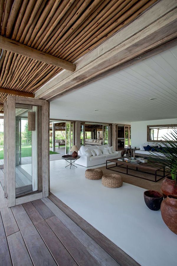 Beach House En Bois Design
