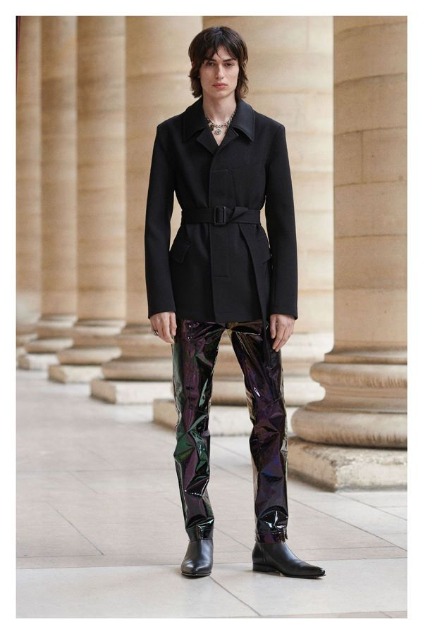 78c6d8eae84a8 Givenchy Fall 2019 Menswear Collection