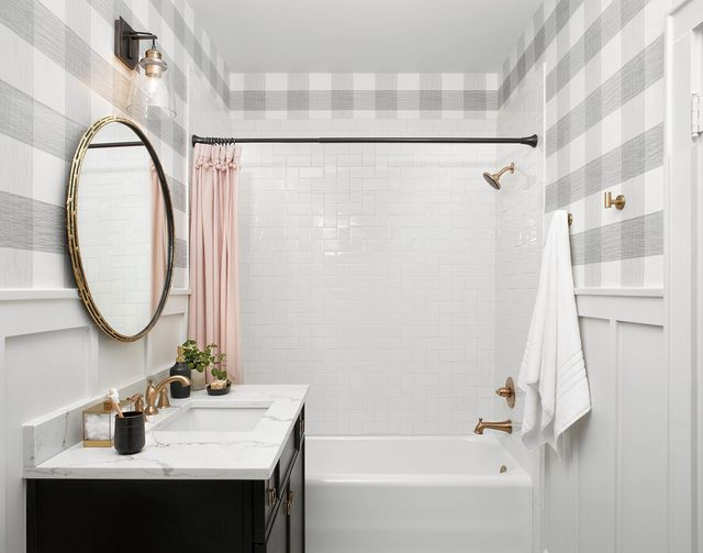 Let S Take A Closer Look At The Details In This Buffalo Check Dream Bathroom You Ll See Both Feminine And Masculine Elements E That Pair To Make