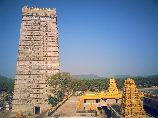 5 Top Tourist Places to Visit in Murudeshwar | Posts by