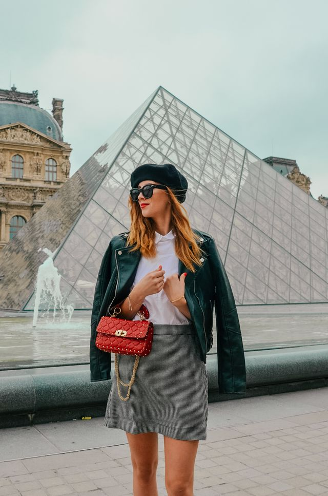 Another day and another outfit from Paris. Louvre is one of my favourite  places in Paris and everytime when I get the chance to visit the city 3be89eca4f