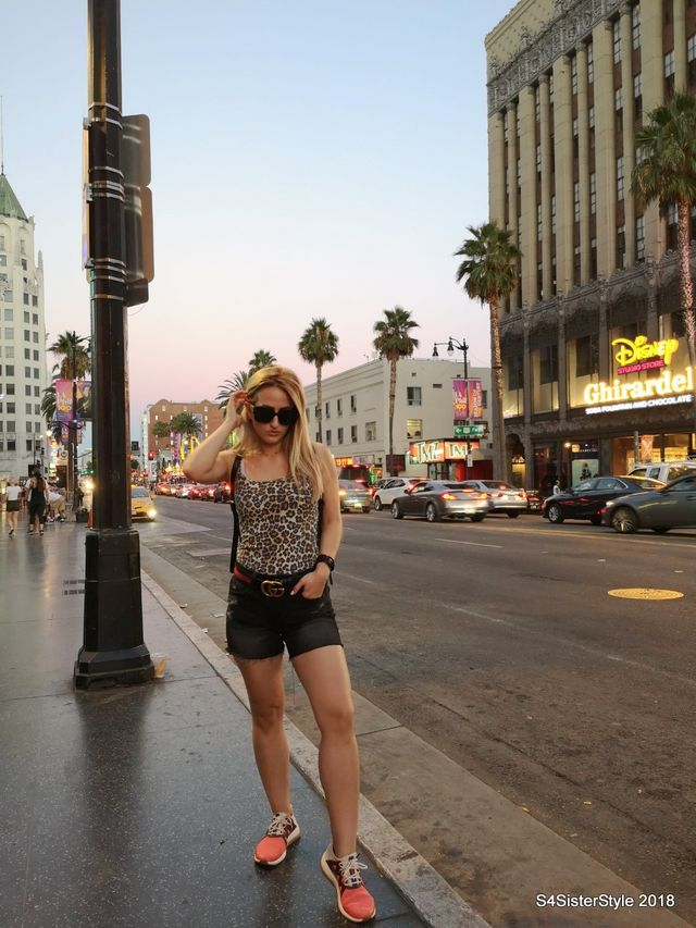 a120aa36bc6a M:Night at the Walk of Fame | S4SisterStyle | Bloglovin'