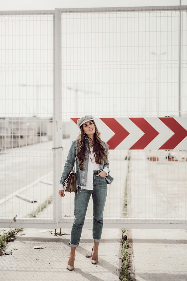 daeae8cff How to wear a denim jacket during winter