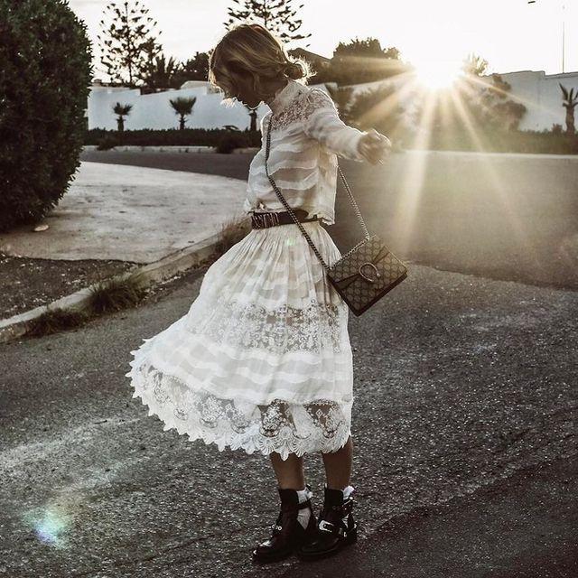 0e7debee4 Se busca el vestido blanco perfecto de la temporada | Trendencias ...