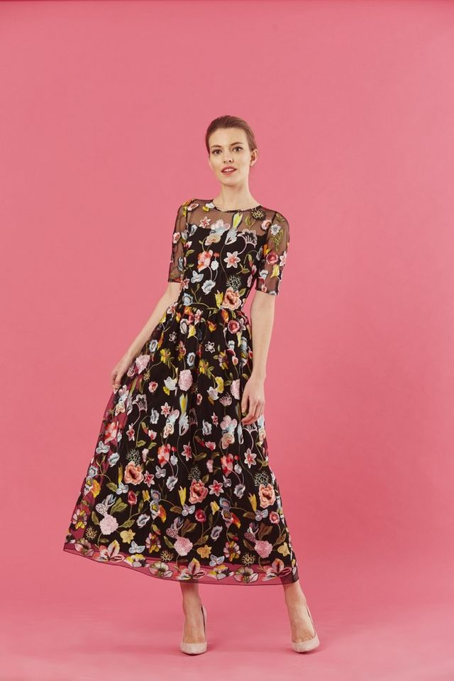Vestidos de flores bordadas, la tendencia que arrasa esta primavera ...