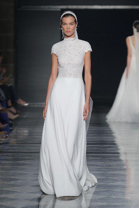 027cc7805 Los vestidos de novia de Rosa Clará 2020: la sencillez más ...