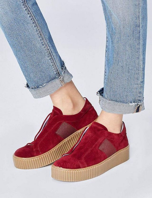 Come indossare le sneakers in inverno </p>                     </div> 		  <!--bof Product URL --> 										<!--eof Product URL --> 					<!--bof Quantity Discounts table --> 											<!--eof Quantity Discounts table --> 				</div> 				                       			</dd> 						<dt class=