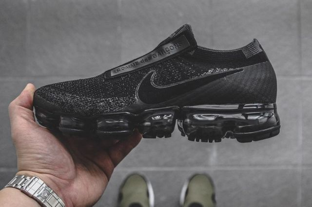 c035bf12d0 HYPEFEET: The COMME des GARÇONS x Nike Air Vapormax Defines Elevated Fashion