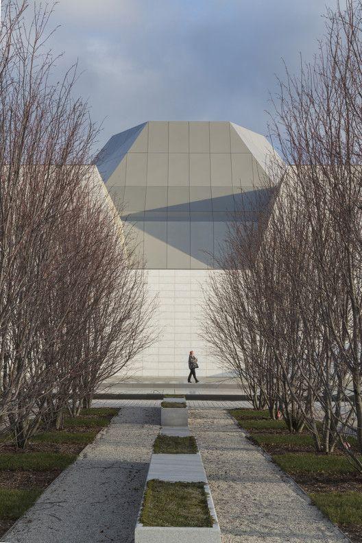 The Aga Khan Museum / Maki and Associates | Arch Daily | Bloglovin'
