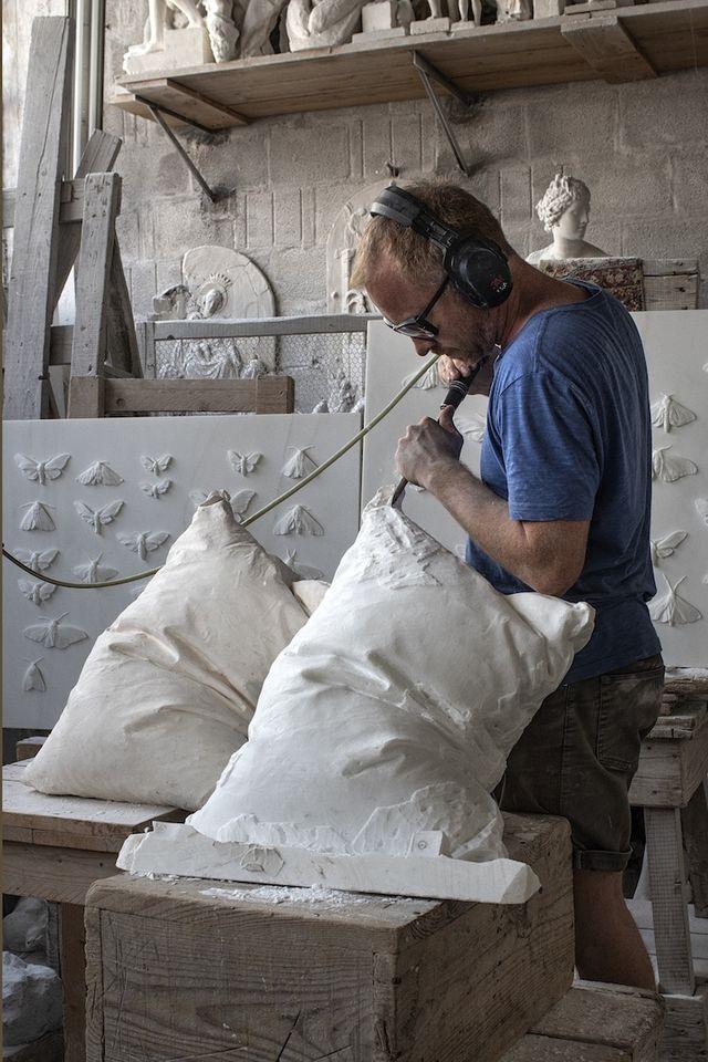 Norwegian Artist Sculpts Plush White Pillows From Blocks Of Marble My Modern Met Bloglovin
